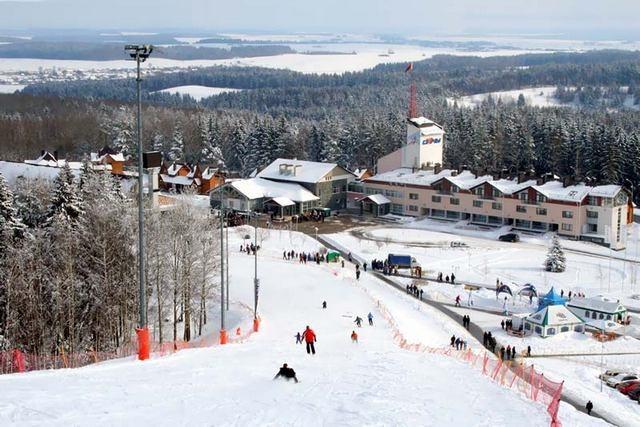 Картинки по запросу Пухтолова гора горнолыжный курорт
