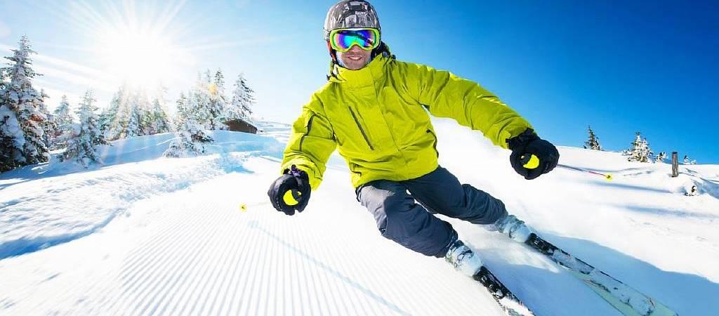 Как выбрать мужской горнолыжный костюм для катания?