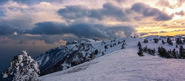 Горнолыжный курорт в Крыму на горе Ай-Петри: трассы, цены и проживание
