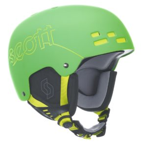 Горнолыжный шлем с визором или без?