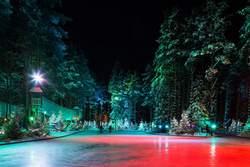 """Горнолыжный курорт """"Охта Парк"""" в Санкт-Петербурге: школа, цены и коттеджи"""