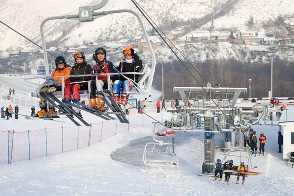 Подъемники на горнолыжном курорте Бобровый Лог