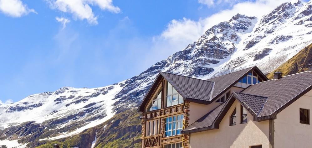 Отели и гостиницы на Домбае