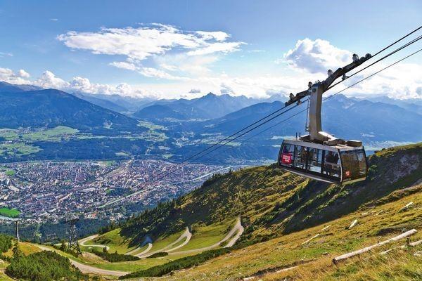 Горнолыжный курорт Инсбрук в Австрии: подъемники, канатная дорога