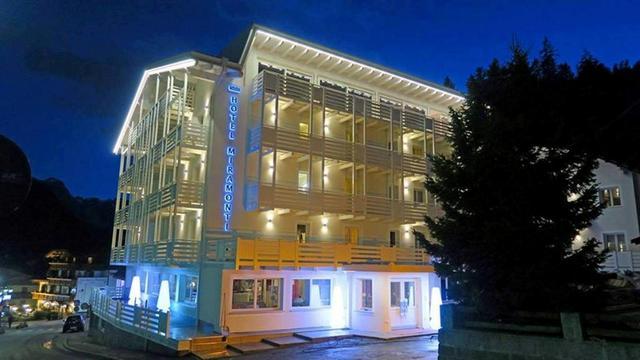 Отель Miramonti hotel Madonna diCampiglio, Доломитовые Альпы, Италия