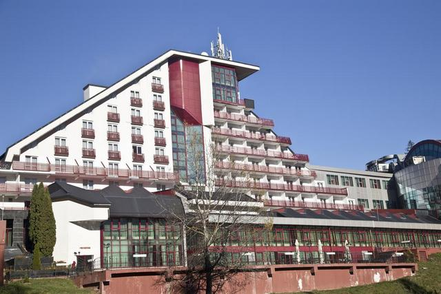 Отель Piatra Mare: отель в Пояна Брашов