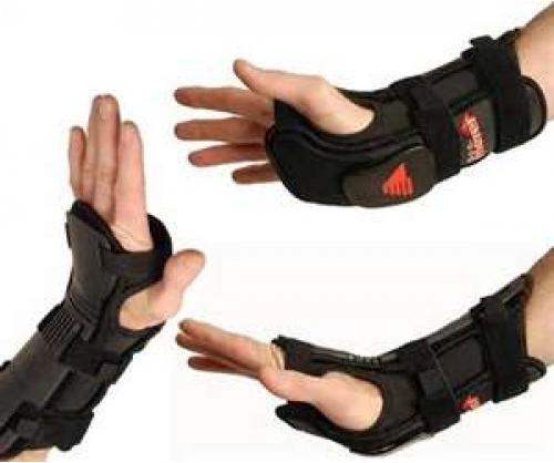 Перчатки для сноуборда игорных лыж сзащитой запястья