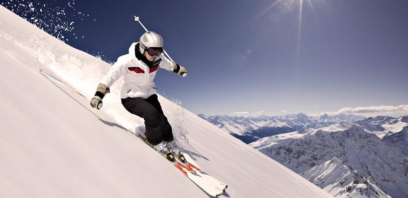 Слалом на лыжах - техника, экипировка о особенности лыж