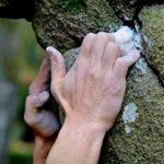 Магнезия в порошке и в ампулах - зачем скалолазам и альпинистам необходимо это вещество