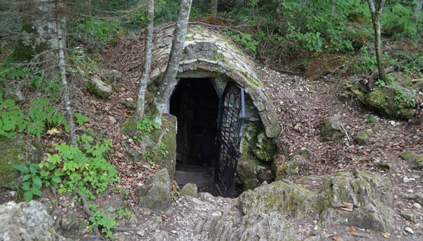 Пещера Нежная в Лагонаки