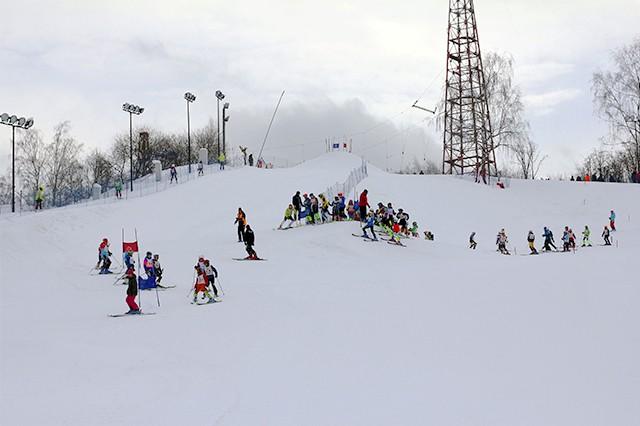 """Почему стоит отдыхать на горнолыжном комплексе """"Куркино"""" в Москве"""