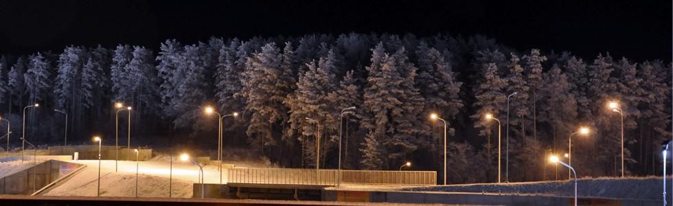 Горнолыжный курорт Кавголово с освещением вечером