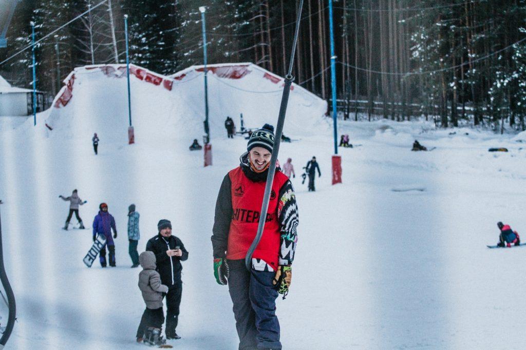Подъемники на горнолыжном курорте «Гора лиственная» в Екатеринбурге